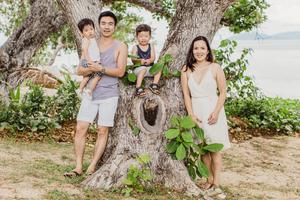 Li Family Photos:  Vomo Island
